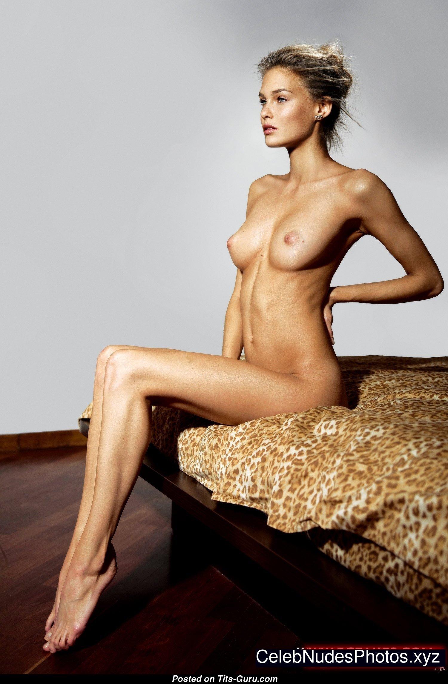 Bar Refaeli - Blonde Babe With Defenseless Real Boobie Sex Pic 08072018 210739-1762
