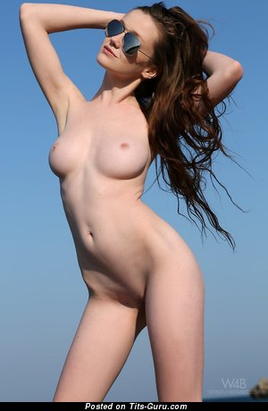 Image. Emily Bloom - nude wonderful lady with natural breast picture