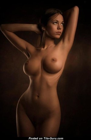 Sweet Naked Brunette (18+ Picture)