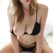 Sexy nude awesome lady with medium natural tittes pic