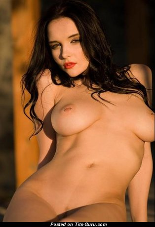 Image. Eugenia Diordiychuk - amazing girl with natural tittys picture
