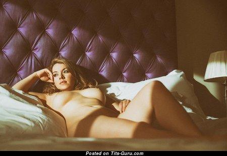 Image. Sexy nude wonderful girl image