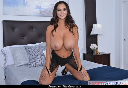 Ava Addams - sexy naked brunette with big breast image