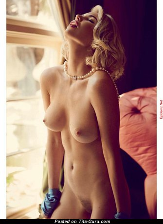Image. Kayslee Collins - naked beautiful lady photo