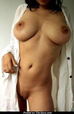 Image. Nice woman with big natural breast image