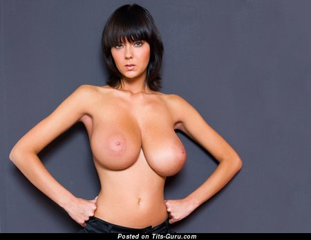 Изображение. Ala Passtel - фотка умопомрачительной обнажённой леди с большой грудью