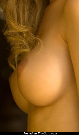 Image. Naked amazing woman with medium boobies pic