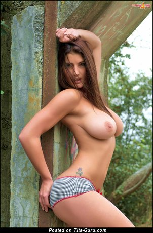 Emma Twigg - naked brunette with medium natural tots photo