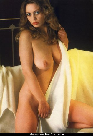 Lesley Jarvis - Graceful Topless Girl with Graceful Exposed Natural Tight Boobs (Vintage Hd Sexual Pic)