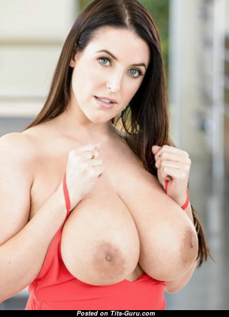 Angela White - Awesome Australian Brunette Babe & Pornstar with Magnificent Exposed Real Big Sized Tittys & Pointy Nipples (18+ Photo)