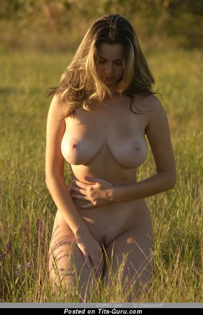 Image. Gigi - naked hot woman with big natural breast image