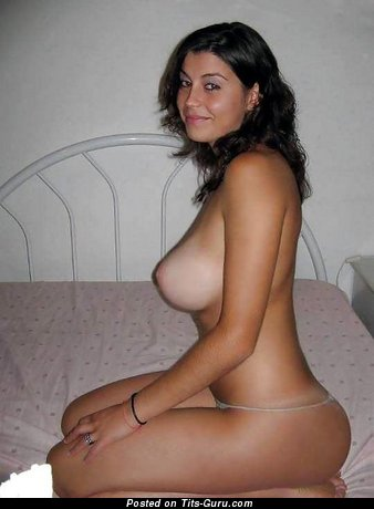 Image. Awesome girl with big natural tittys pic
