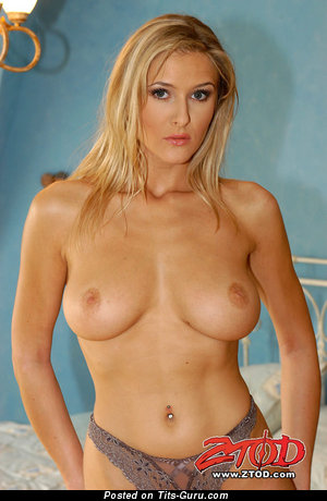 Image. Jane Darling - amazing woman with natural tittes picture