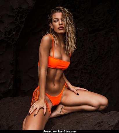 Jessica Goicoechea - Appealing Glamour, Wet & Non-Nude Blonde Babe with Big Nipples, Tan Lines & Sexy Legs in Bikini (Sex Image)