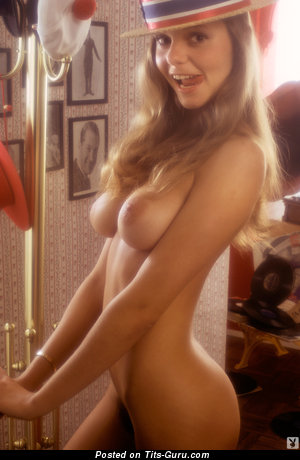Sandy Johnson - Gorgeous American Playboy Floozy with Gorgeous Nude Real Dd Size Busts (Vintage Hd Sexual Wallpaper)
