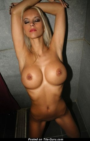 Image. Naked amazing lady with big tits picture