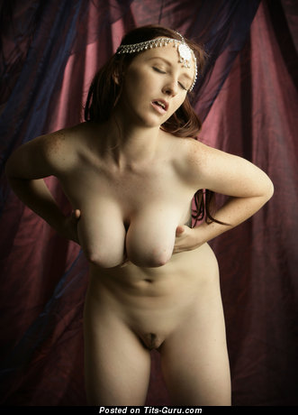 Image. Sarah - brunette with big natural tittes and big nipples picture
