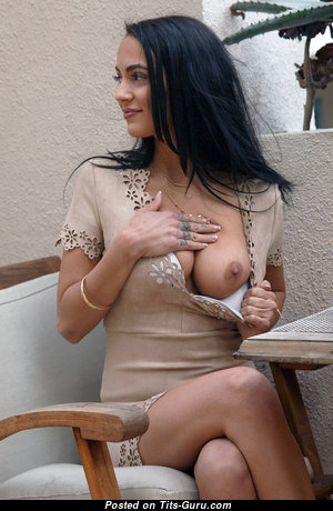 Sofi Ryan - Splendid American Babe with Splendid Bare Natural Firm Tits & Tattoo (Sex Photo)