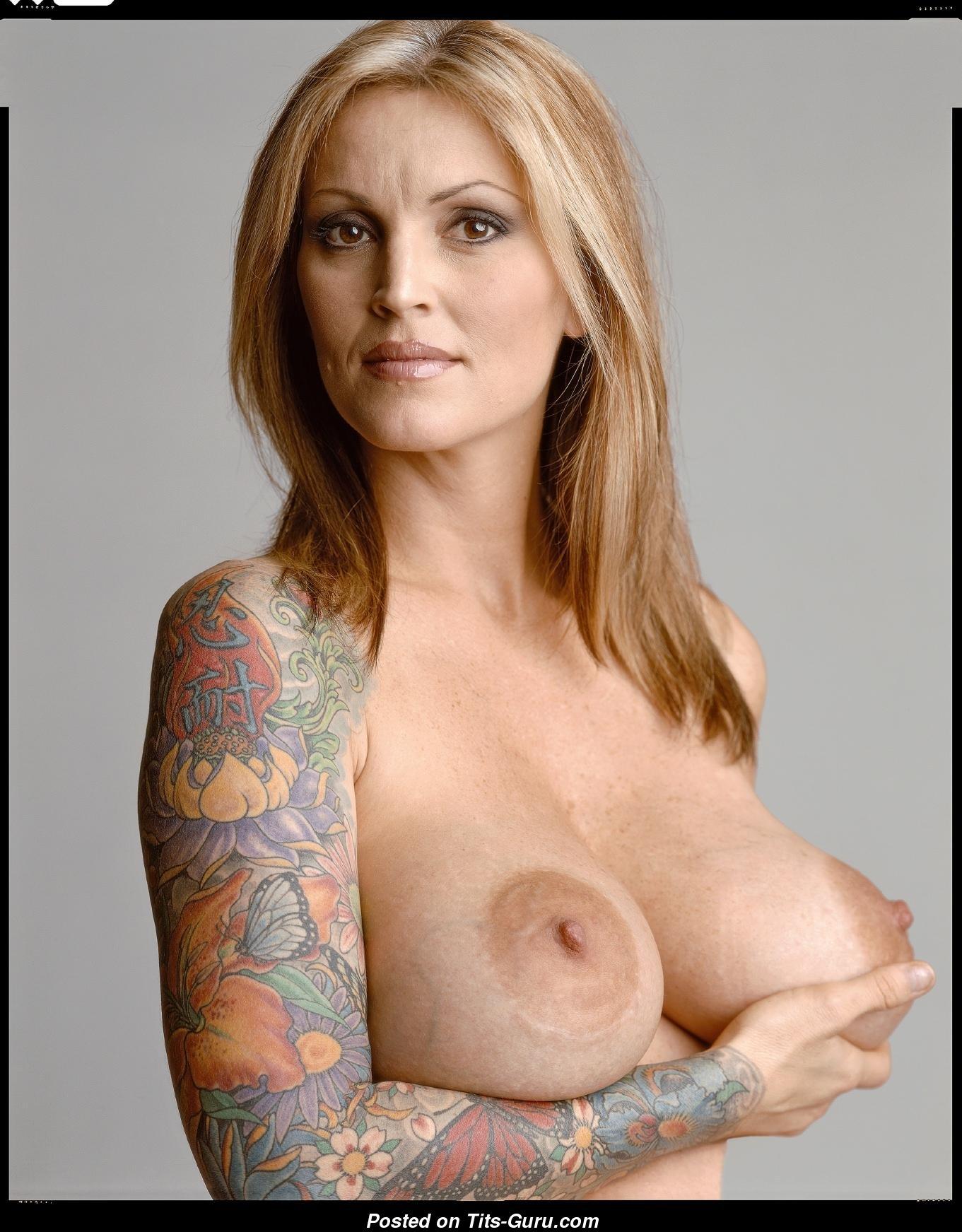 Rachel hunter topless