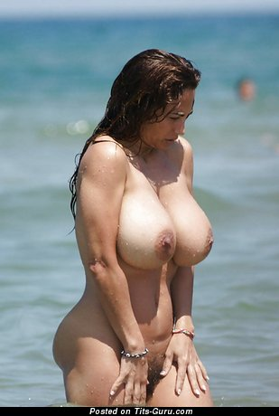 Image. Naked beautiful girl with natural tittes picture