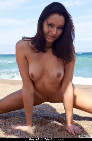 Image. Naked wonderful lady with medium natural boob pic