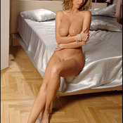 Zuzana Drabinova - hot female image