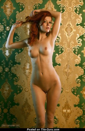 Image. Naked nice woman with medium natural tittes photo