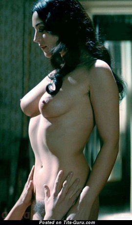 Monica Bellucci - Nice Italian Brunette Babe & Actress with Nice Bald Natural Average Tittys (Hd Xxx Photo)