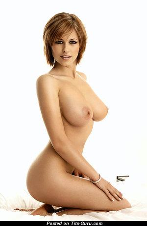 Iga Wyrwal - Magnificent Polish Babe with Splendid Bald Tight Tots (Hd 18+ Image)