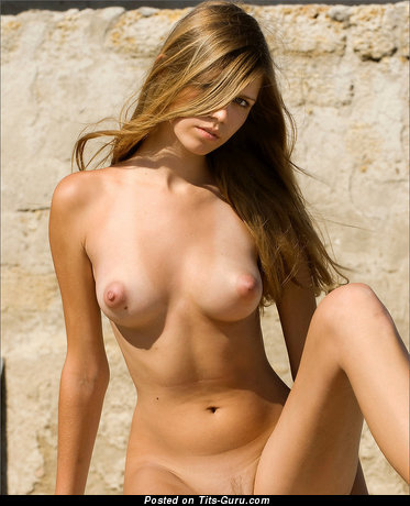 Image. Naked awesome female with medium natural tittys pic