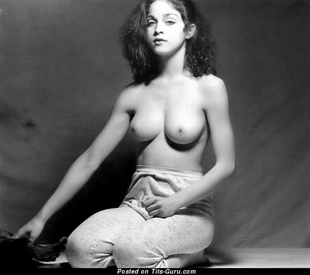 Image. Madonna - naked wonderful female with medium natural tittes photo