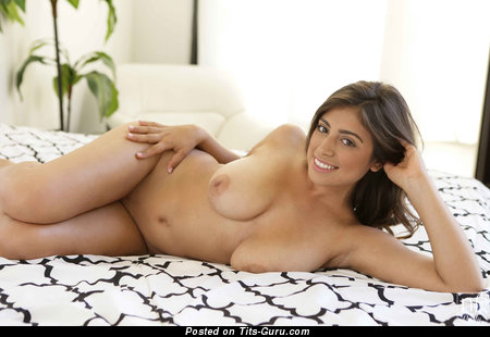 Ella Knox - Good-Looking American Lassie with Good-Looking Open Natural Tight Busts (Hd Sexual Pic)