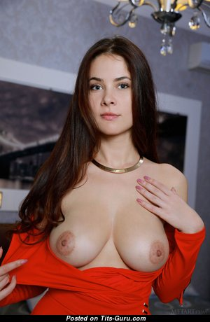 Good-Looking Babe with Good-Looking Defenseless Real Average Jugs (Hd Sex Photoshoot)