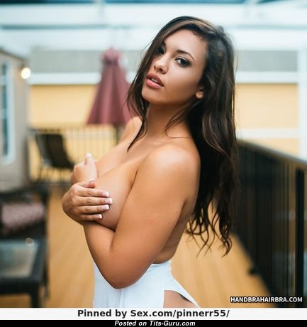 Amber Fields - Elegant Topless & Glamour Brunette Babe with Elegant Naked Natural Average Jugs (Porn Foto)