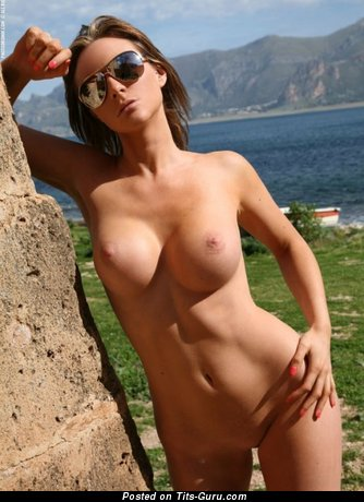 Image. Nude awesome female with medium breast pic