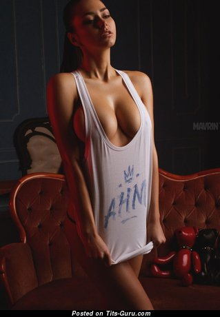 Dazzling Babe with Dazzling Naked Tight Titties (Hd 18+ Pic)