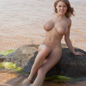Viola Bailey - beautiful female with big natural boobs pic