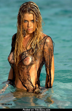 Denise Richards - Wonderful Wet American Red Hair Actress with Wonderful Exposed Real C Size Knockers (Xxx Photo)