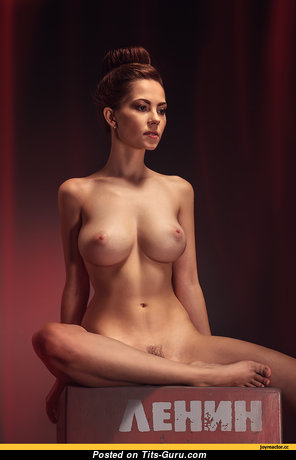 Ксюша Егорова: sexy nude brunette with natural tots picture
