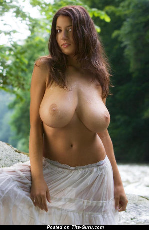 Image. Naked amazing female with huge natural tittys pic