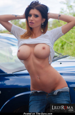 Flat chested fat women nude pics