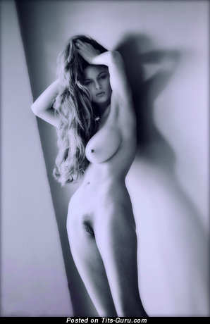 Image. Naked awesome woman with natural breast pic