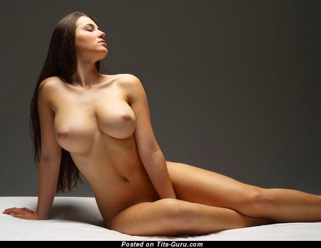 The Nicest Honey with The Nicest Naked Full Breasts (Sexual Photo)