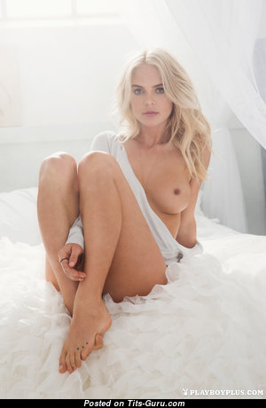 Rachel Harris - Delightful Topless American Playboy Blonde with Delightful Bare Real Petite Breasts & Tattoo (Hd 18+ Picture)
