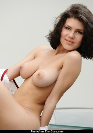 Marvelous Glamour Undressed Babe with Puffy Nipples (Home Sex Photoshoot)