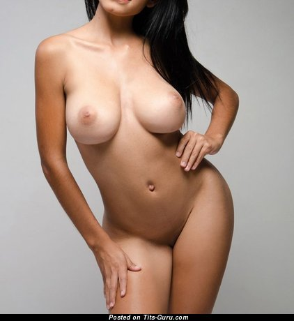 Image. Naked awesome woman with natural tittes image