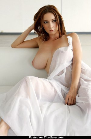 Julia / Victoria - Pretty Dish with Pretty Nude Natural Sizable Boobys (Hd Sexual Image)