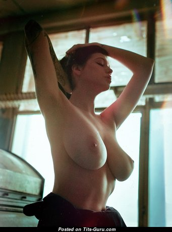 Евгения Таланина - Awesome Undressed Brunette with Enormous Nipples (Hd Xxx Pix)