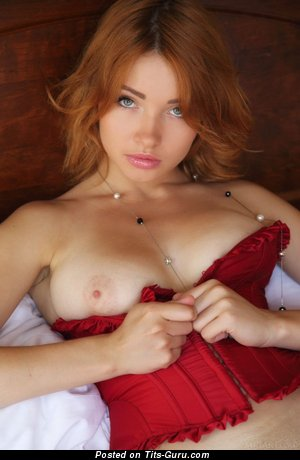 Nude red hair with medium natural tittys picture