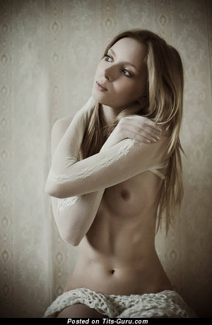 Naked blonde with small natural tittes image